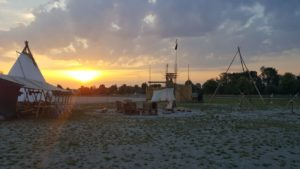 Camp Bild Sonnenaufgang